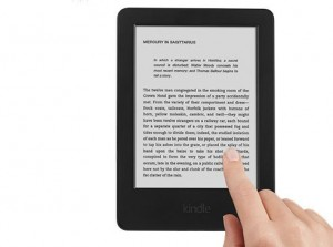 7th generation Kindle review finger1 300x223 New Kindle Touch 7th gen. 2014 или просто Kindle Glare
