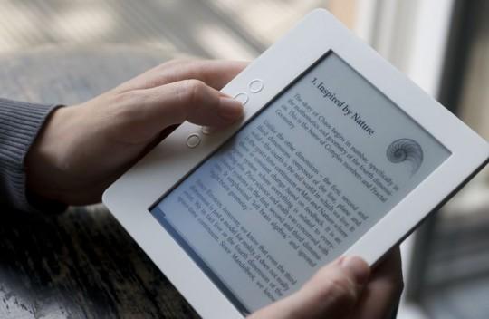 дисплей-електронна-книга-екран-четец