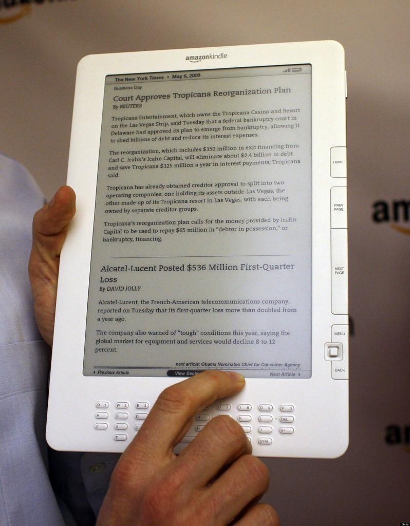 Amazon-Kindle-DX-четец-на-книги
